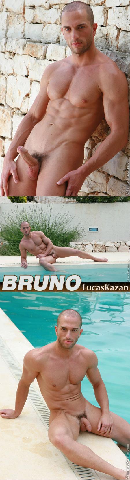 naked italian